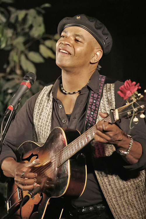 Guy Davis, Bluesman